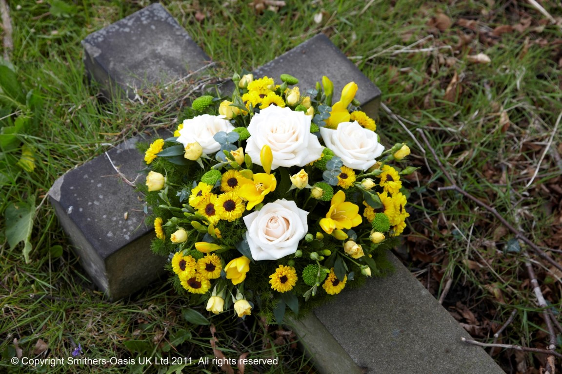 Yellow And White Posy Funeral Flowers Leeds