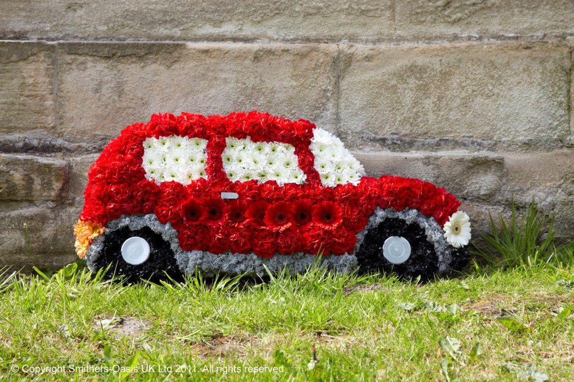Car Funeral Flowers Leeds
